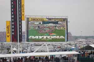 How to watch Daytona 500 Live Stream from home