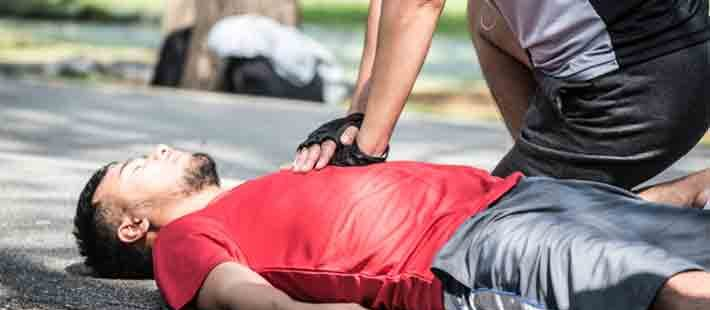 3 Ways to Know Someone Needs CPR