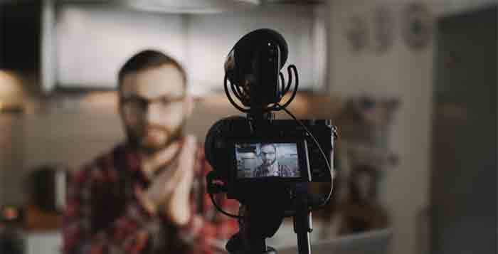 How-to-make-money-without-making-videos-on-YouTube