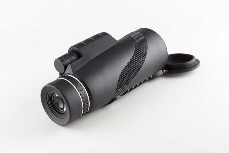 What is a Monocular and When to Use It
